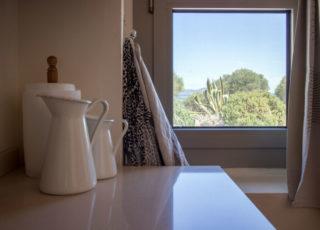 La cucina vista mare