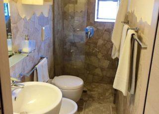Il bagno e la doccia Vista Mare